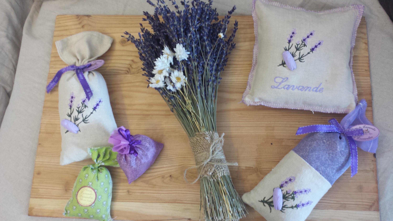 túi thơm hoa oải hương
